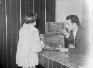old radio montreal
